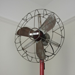 Marelli Deco floor standing oscillating fan