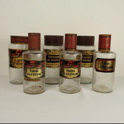 Collection of French pharmacy jars, collection de pots a pharmacie